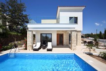 Luxury 3 bedroom beach villa with private pool lacated in Chlorakas Paphos Cyprus